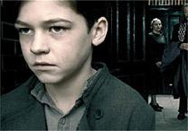 Voldemort aparece aos 11 anos no filme